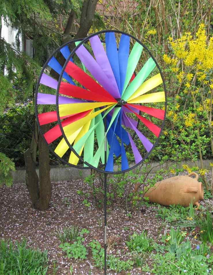 Windspiele windm hlen windr der flyingmovies coloursinmotion hq invento goflyakite elliot premier - Windsegel garten ...